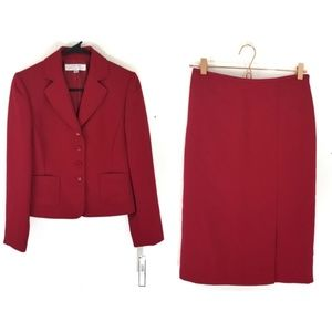 Tahari red skirt suit in a size 4p